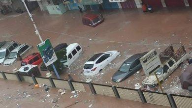 صورة سيول تضرب مدينة عدن اليمنية أودت بوفاة 8 أشخاص وانهيار 75 منزلا