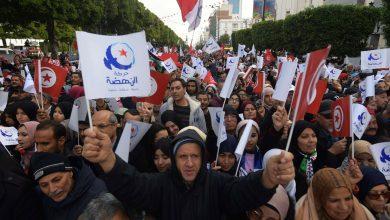 """مسيرة حاشدة لأنصار حركة """"النهضة"""" التونسية بشعار """"الوحدة"""" لإنهاء أزمة البلاد"""