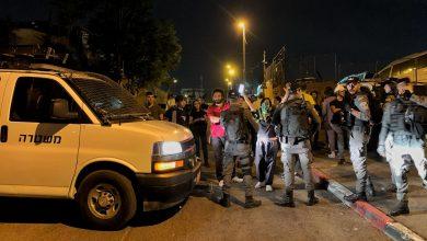 صهاينة يهاجمون موائد الإفطار في حيّ الشيخ جراح بالقدس المحتلة