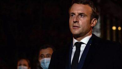ماكرون يتلقى صفعة على وجهه من مواطن فرنسي (شاهد)