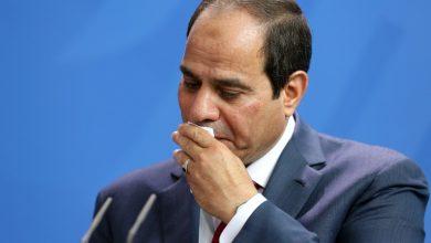 صورة خراب مصر الاقتصادي يدعمه استبداد السيسى